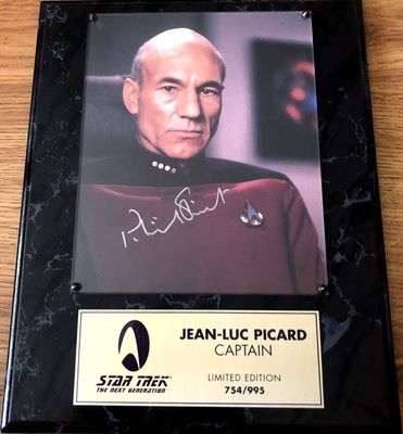 Patrick Stewart autographed Star Trek The Next Generation 8x10 photo in plaque (#754/995)