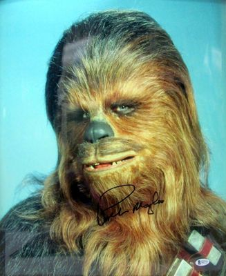 Peter Mayhew autographed Chewbacca Star Wars 16x20 inch poster size movie photo (BAS authenticated)
