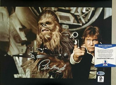 Peter Mayhew autographed Chewbacca Star Wars 11x14 inch movie photo (BAS authenticated)