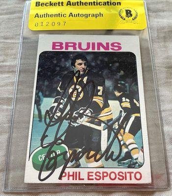 Phil Esposito autographed Boston Bruins 1975-76 Topps card (BAS authenticated)