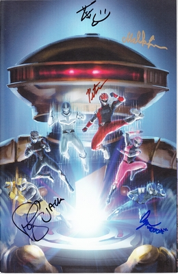 Power Rangers Hyperforce cast autographed 2018 Wondercon exclusive variant comic #8 (Malika Lim Andre Meadows Paul Schrier Peter Sudarso)