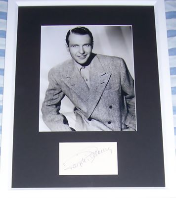 Ralph Bellamy autograph matted & framed with 8x10 photo