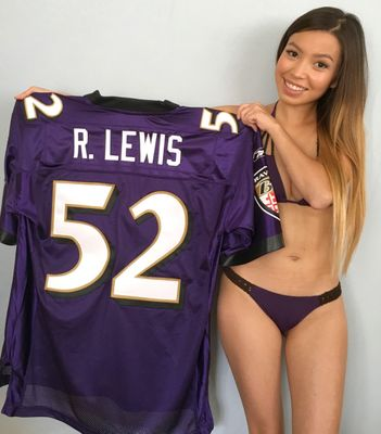 Ray Lewis Baltimore Ravens authentic Reebok triple stitched purple jersey NEW