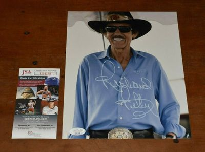 Richard Petty autographed 8x10 portrait photo (JSA)