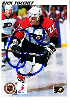 Rick Tocchet autographed Philadelphia Flyers 1992 Upper Deck NHL hockey card