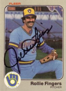 Rollie Fingers autographed Milwaukee Brewers 1983 Fleer card