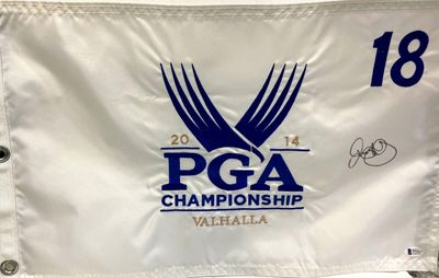 Rory McIlroy autographed 2014 PGA Championship Valhalla embroidered golf pin flag (BAS authenticated)