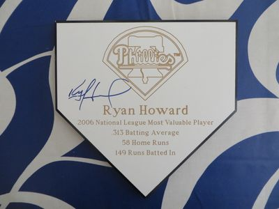 Ryan Howard autographed Philadelphia Phillies 2006 NL MVP commemorative mini home plate