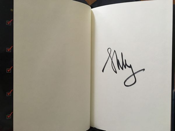 Scott Kelly autographed Endurance hardcover young readers edition book