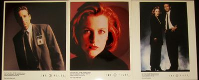 X-Files set of 3 original 1996 color publicity 8x10 photos (Gillian Anderson David Duchovny)