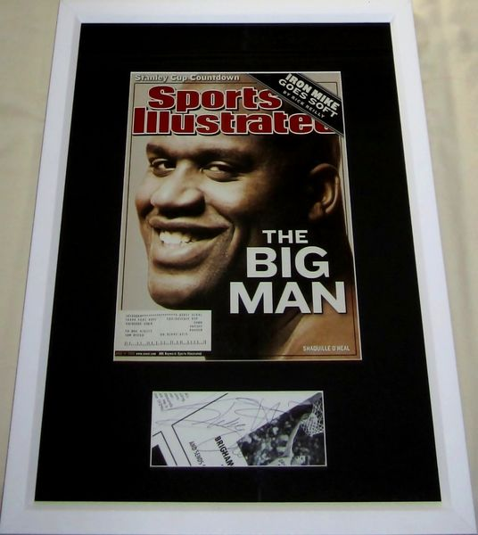 Shaquille O'Neal autograph matted & framed with 2002 Sports Illustrated magazine cover