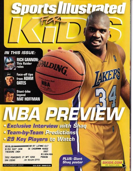 Shaquille O'Neal Los Angeles Lakers 2001 Sports Illustrated for Kids magazine with 16x20 poster and Mat Hoffman card