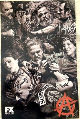 Sons of Anarchy cast autographed 2014 Comic-Con poster (Mark Boone Jr. Dayton Callie Kim Coates Katey Sagal Kurt Sutter)