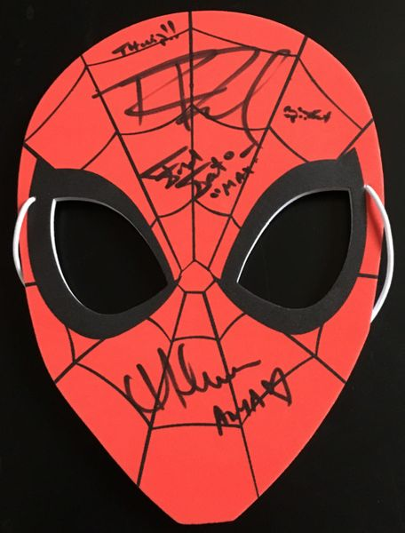 Spider-Man Animated Series cast autographed 2017 Comic-Con mask (Robbie Daymond Melanie Minichino)