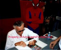 Stan Lee autographed Ultimate Spider-Man comic book issue #92