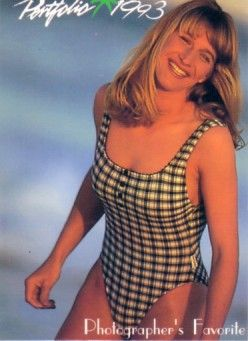 Steffi Graf 1993 Portfolio Swimsuit card