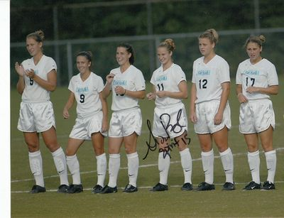 Susan Bush autographed 1999 North Carolina UNC soccer 8x10 photo