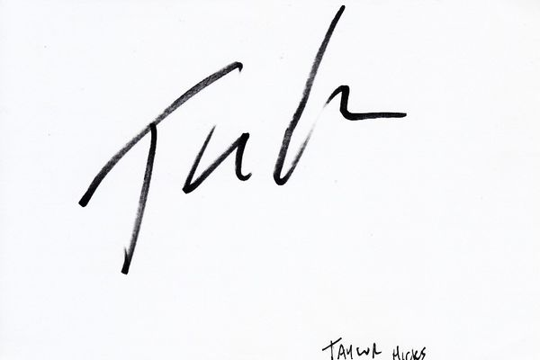 Taylor Hicks autographed index card