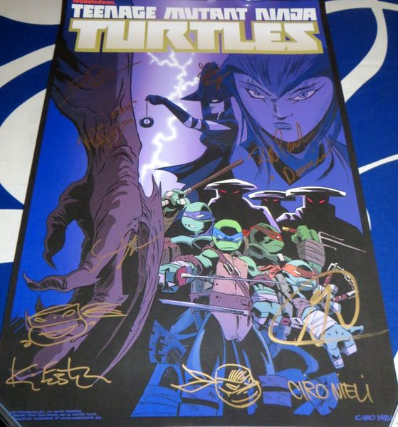Teenage Mutant Ninja Turtles cast autographed 2016 Comic-Con poster Sean Astin Greg Cipes Kevin Eastman Rob Paulsen
