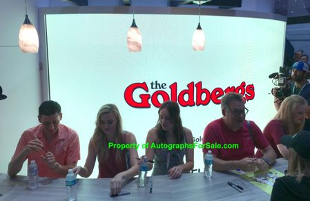 The Goldbergs cast autographed 2018 Comic-Con poster (Jeff Garlin Sam Lerner Hayley Orrantia)