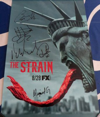 The Strain cast autographed 2016 Comic-Con poster Kevin Durand Richard Sammel Miguel Gomez Ruta Gedmintas