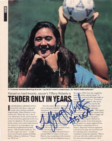 Tiffany Roberts autographed 1995 People magazine page with photo