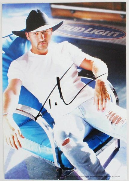 Tim McGraw autographed Bud Light 7x10 inch promotional photo