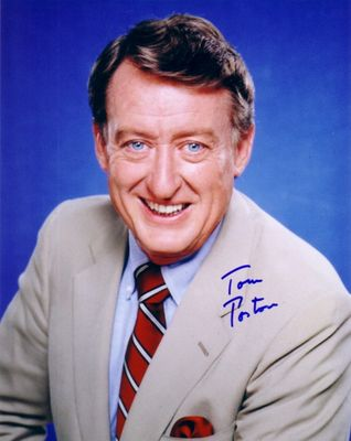 Tom Poston autographed 8x10 photo