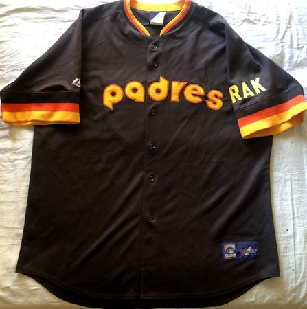 Tony Gwynn 1984 San Diego Padres authentic Majestic stitched brown road jersey