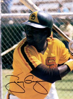 Tony Gwynn autographed San Diego Padres 1985 Beckett Baseball back cover photo