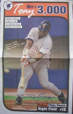 Tony Gwynn autographed San Diego Padres 3000th Hit 1999 commemorative poster