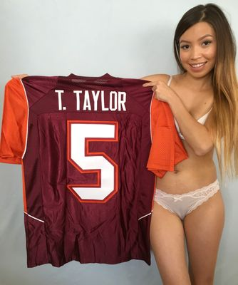 Tyrod Taylor Virginia Tech Hokies authentic Nike stitched 2008 or 2009 season throwback jersey NEW