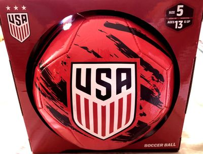 U.S. Soccer logo red size 5 soccer ball NEW IN BOX