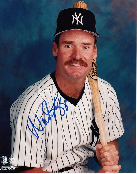 Wade Boggs autographed New York Yankees 8x10 portrait photo