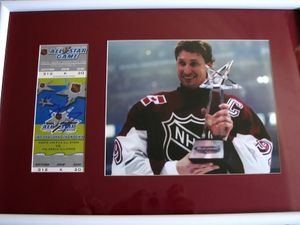 Wayne Gretzky autographed 1999 NHL All-Star Game ticket framed with 8x10 photo