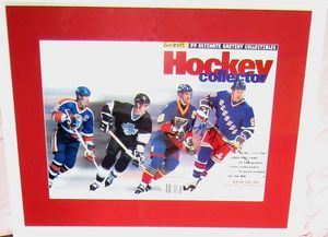 Wayne Gretzky autographed Beckett Hockey career tribute foldout magazine cover matted & framed