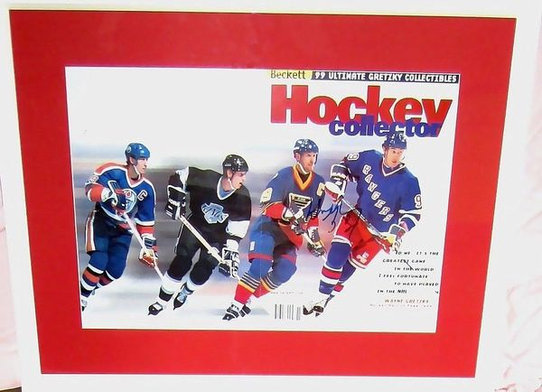 Wayne Gretzky autographed 1999 Beckett Hockey career tribute foldout magazine cover matted and framed
