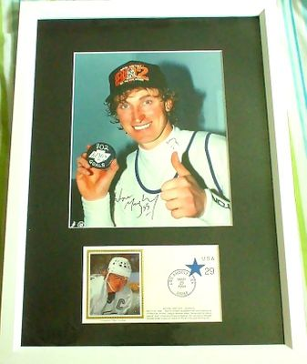 Wayne Gretzky autographed Goal 802 Los Angeles Kings 8x10 photo matted and framed with cachet