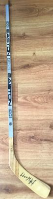 Wayne Gretzky autographed Los Angeles Kings authentic Easton game issued hockey stick (JSA)