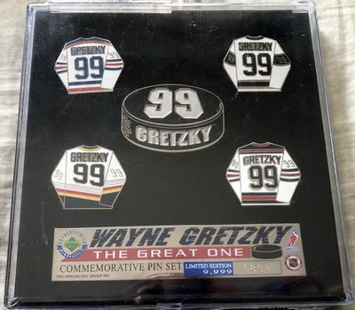 Wayne Gretzky The Great One 1999 Upper Deck commemorative jersey pin set #1838/1999