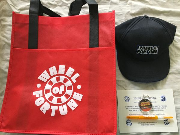 Wheel of Fortune lot of 4 promotional gifts (hat keychain pen and tote bag)