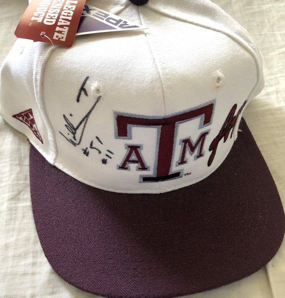 William Thomas autographed Texas A&M Aggies cap or hat