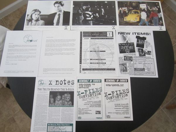 X-Files collection of original 1995 1996 convention and Fan Club photos and materials