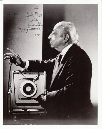 Yousuf Karsh autographed black and white 8x10 portrait photo (dated and inscribed)