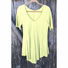 v-neck elbow sleeve tee