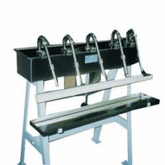 Automatic Drum Siphon Filler automatically and uniformly fills containers of 1 pint to 1 gallon