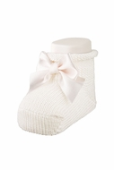 Carlomagno Socks - Scottish Yarn Newborn Booties with Bow - Natural Ivory
