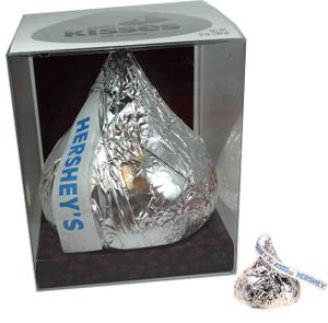 Hershey's Giant Hollow 12oz Kiss