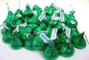 Hershey's Kisses Green Foil 24oz Milk Chocolate