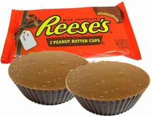 Reese's Super Giant Peanut Butter Cups